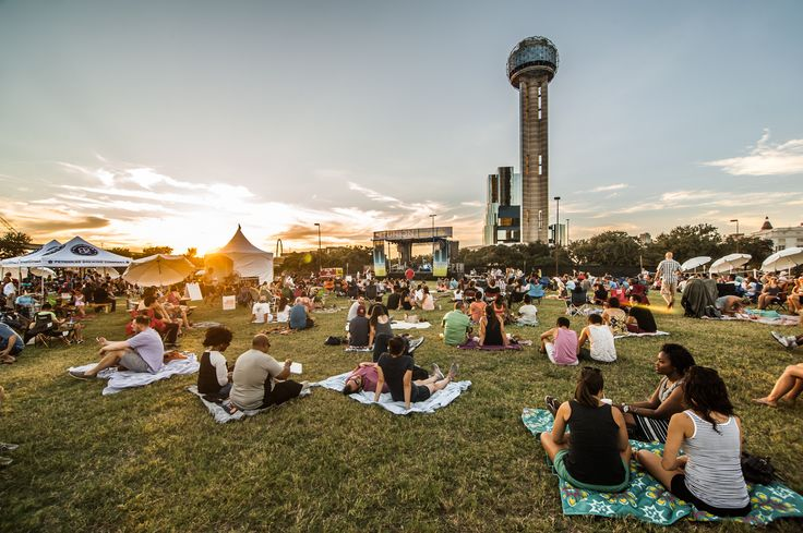 Here's a list of of Things to do in Dallas – FUN & FREE or really cheap affordable fun in Dallas Fort Worth Metroplex – Great summer activities in Dallas and DFW this summer. #365daysofdallas #experiencedallas #noplacelikedallas #DallasLifestyle #DallasLife #DailyUpdates #News #Blog #DallasBlogger