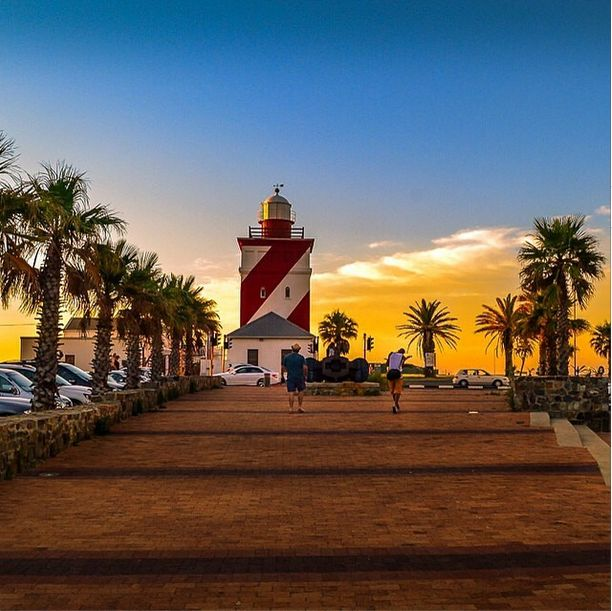 Whether you're in your own garden admiring the view, looking up while the suns going down, or simply jogging along - there's always something to see.  Are you on Instagram? Tag one of your great pics with #CapeTownMag and we might just feature your image. instagram.com/capetownmag