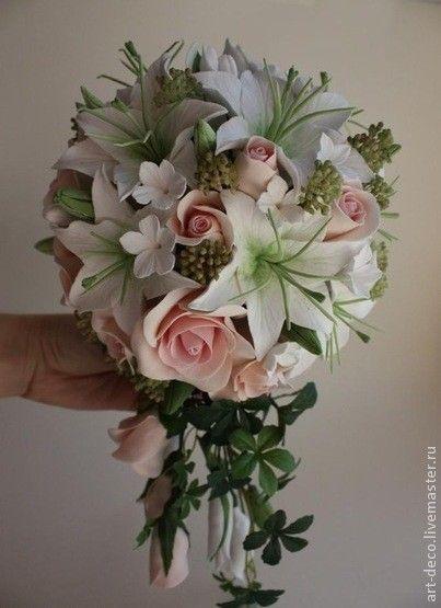 Свадебные цветы ручной работы. Заказать Каскадный букет для невесты из роз и лилий из полимерной глины. Ольга Камнева. Ярмарка…