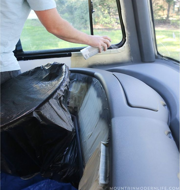 using-charcoal-gray-dupli-color-spray-paint-on-rv-dashboard-mountainmodernlife.com