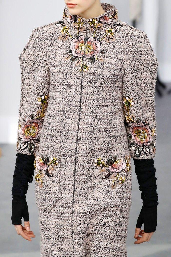 ENHANCE U FASHION DETAIL Chanel   Haute Couture   Fall 2016 Runway Designers
