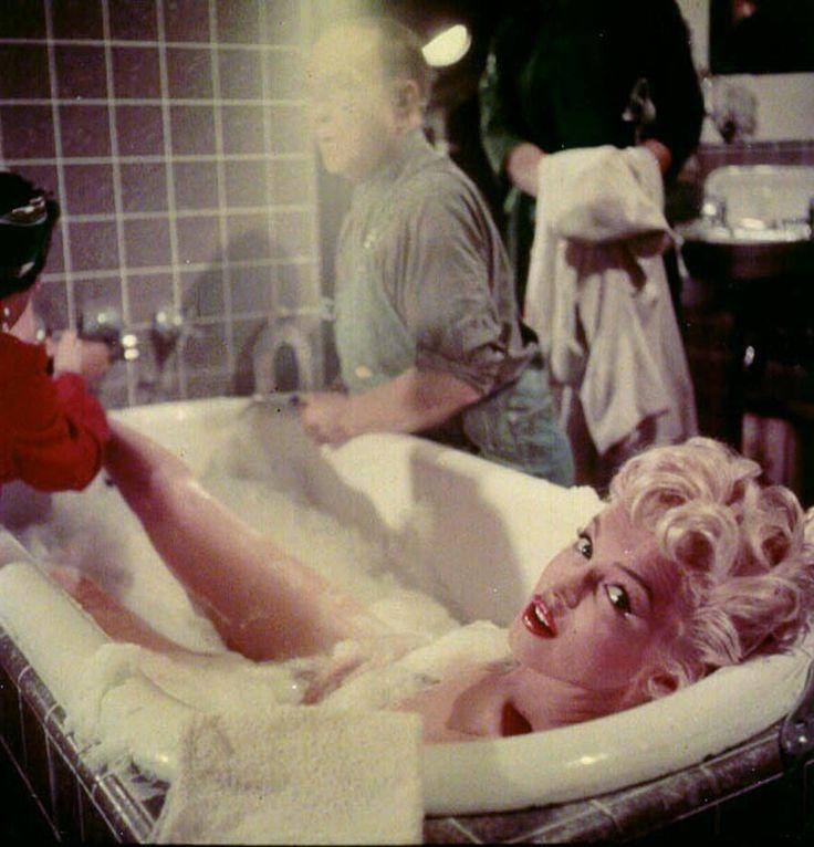 473 best cinema behind the scenes images on pinterest for Bathroom scenes photos