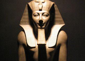 Schatgravers stuiten op 3500 jaar oude Egyptische tempel