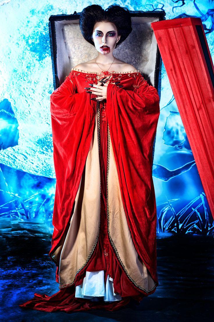 Elizabeth Bathory by Luria-XXII on deviantART #vampire # ...