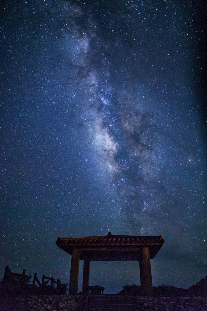 "the Milky Way / Miyakojima,Okinawa.............. thk:::::::::::::::::::::::::::::::Okinawa Miyako Sunny. This is the meaning of the ""Milky Way"", ""Tingara"" in Okinawa dialect."
