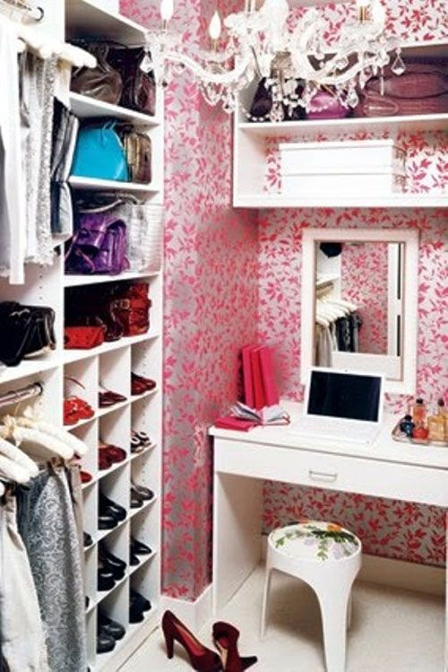 small walk in wardrobe - Google Search