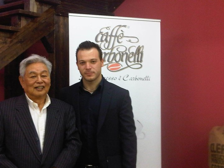 Luca Carbonelli with the chairman of the delegation of Japanese businessmen.  http://www.lucacarbonelli.com/2011/02/caffe-carbonelli-fa-scuola-al-giappone.html