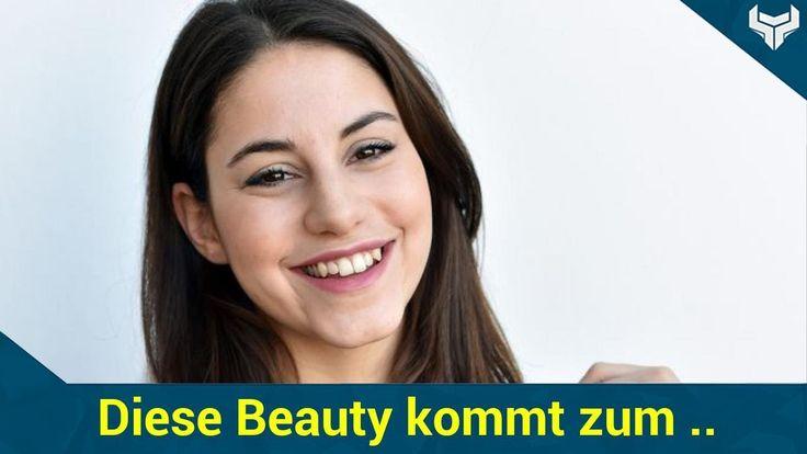 """Für Sibel Kekilli war in der vergangenen Woche Schluss! Nach sieben Jahren verabschiedete sich die Schauspielerin als Sarah Brandt vom Tatort aus Kiel. Seit 2010 stand sie regelmäßig mit Axel Milberg (Kommissar Klaus Borowski) vor der Kamera und ermittelte in der Krimi-Reihe. Jetzt ist endlich bekannt wer in Sibels Fußstapfen tritt!   Source: http://ift.tt/2sFOmQq  Subscribe: http://ift.tt/2qsx2iw Sibel Kekilli: Diese Beauty kommt zum Kieler """"Tatort""""!"""