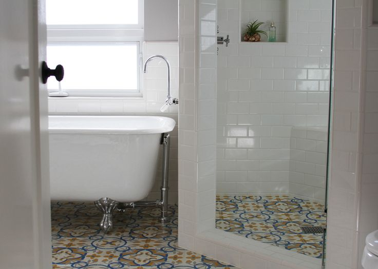 01 Contemporary Bathroom Granada Tile