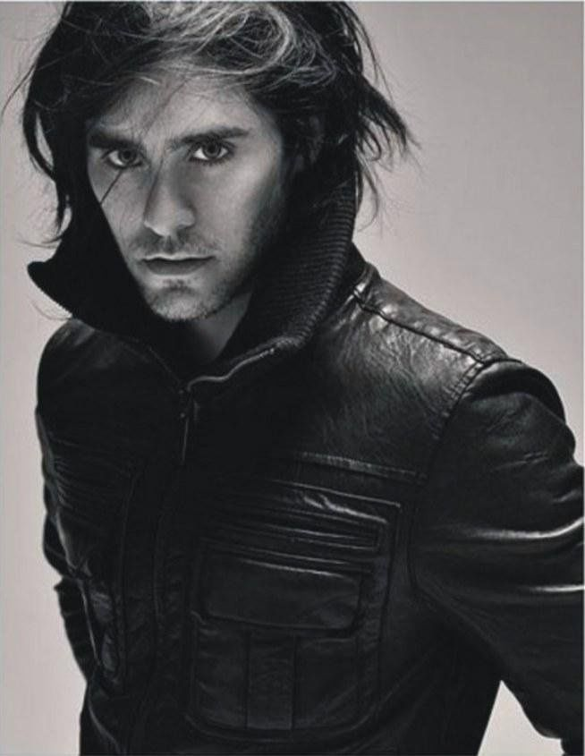 My sister loves it for the music, I love his movies. Although let's be honest, it is a kitten that's all. ; D #men's fashion #jared leto #hot #kitten #sight