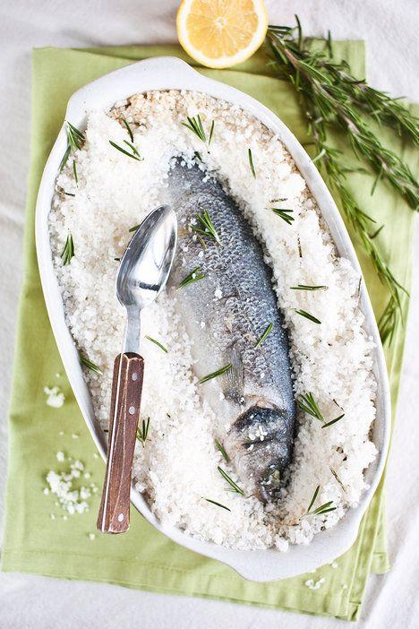 Budete překvapeni, jak je ryba ze solné krusty šťavnatá!; Greta Blumajerová