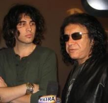 "Gene may be trying to take the coward's route, but Nick has been clear about his feelings regarding an adoption on ""Gene Simmons Family Jewels."": Shannon Nick, Gene Shannon, Hard Rocks, Simmons Gene, Nick Simmons, Nick Sophie, Simmons Families, Families Jewels, Gene Simmons"