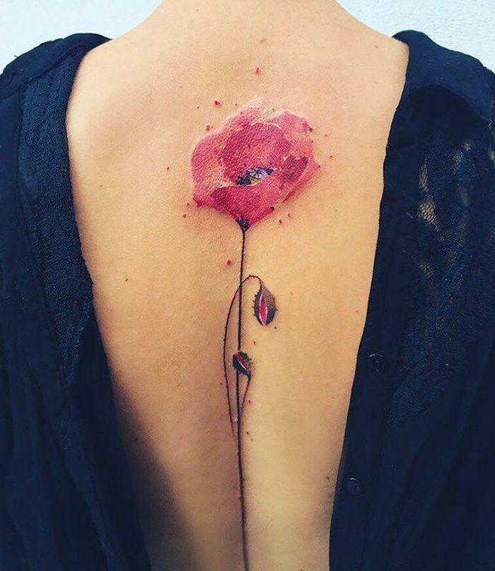 1001 Ideas De Preciosas Disenos De Tatuaje Flor Tatuaje De Amapolas Tatuaje De Flores En La Espalda Tatuajes Originales Para Mujer