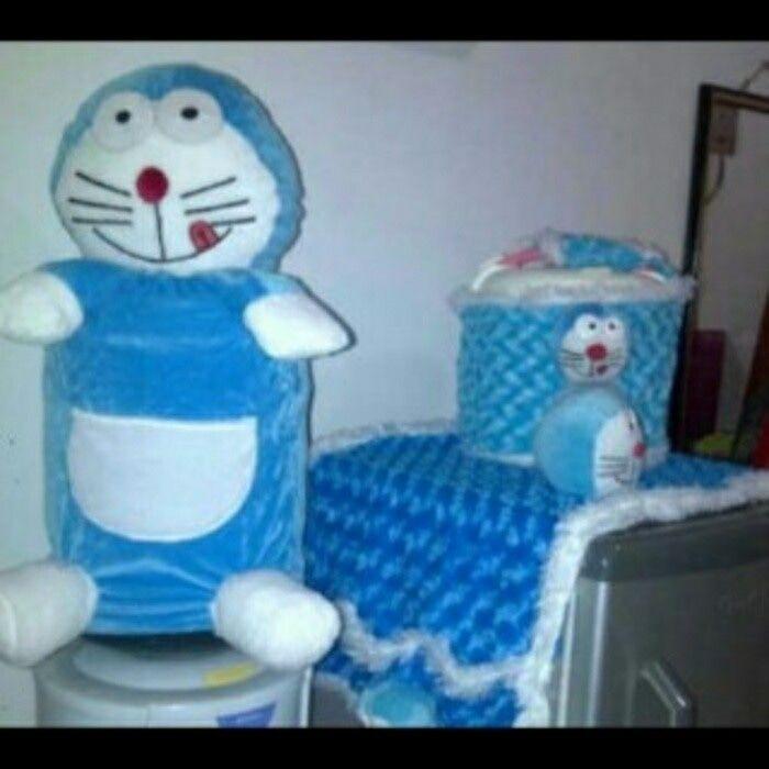 sarung Galon karakter Doraemon biru