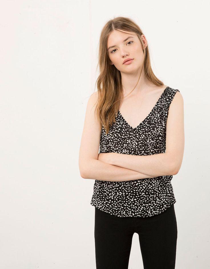 Camisa Bershka plisada botones espalda - Camisas & blusas - Bershka Mexico
