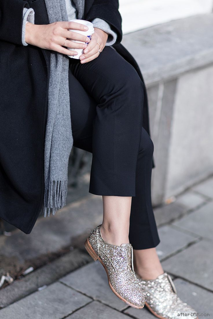 neutrals and glitter shoes, my kind of outfit//