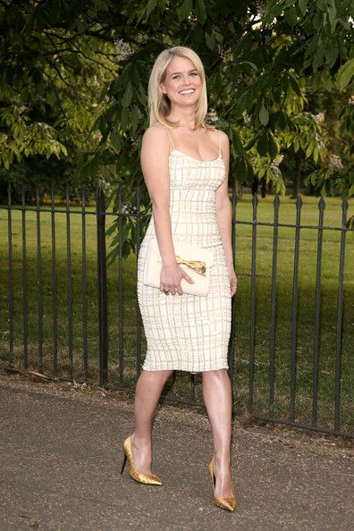 Alice Eve Photos Photos - Alice Eve arrives at the Serpentine Gallery in London on June 26, 2013. - Alice Eve Arrives at the Serpentine Gallery