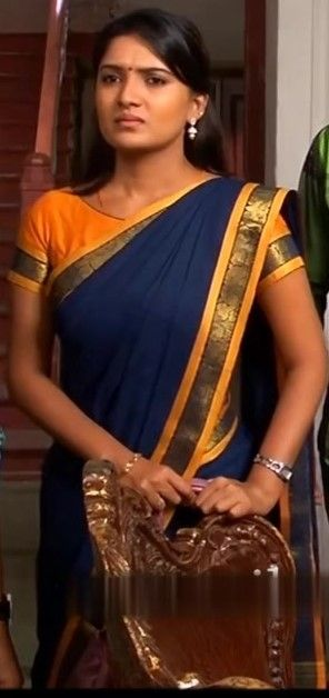 TAMIL TOP COLLECTIONS:   DEIVAMAGAL SERIAL ACTRESS SATHYA(VANI BHOJAN) CU...
