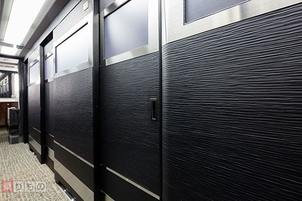 東京~大阪間2万円の業界初「完全個室」夜行バス、全貌明らかに 寝返りの必要なし