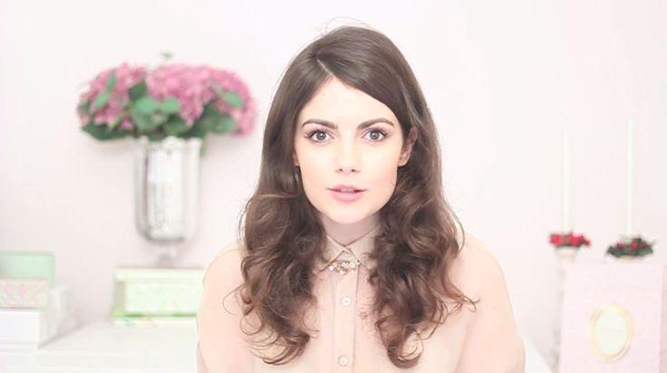 "Necklace ""La Cité Imaginaire"" in the new Sara Sabate video ! http://www.secretsdescoquettes.com/2014/01/15/la-coquette-box/"