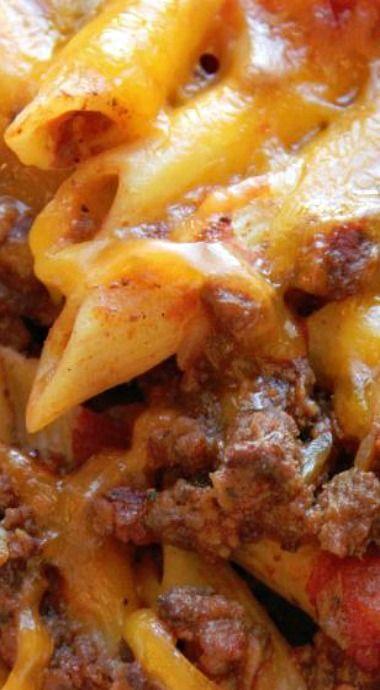 Crock Pot Cheesy Pasta and Beef Casserole