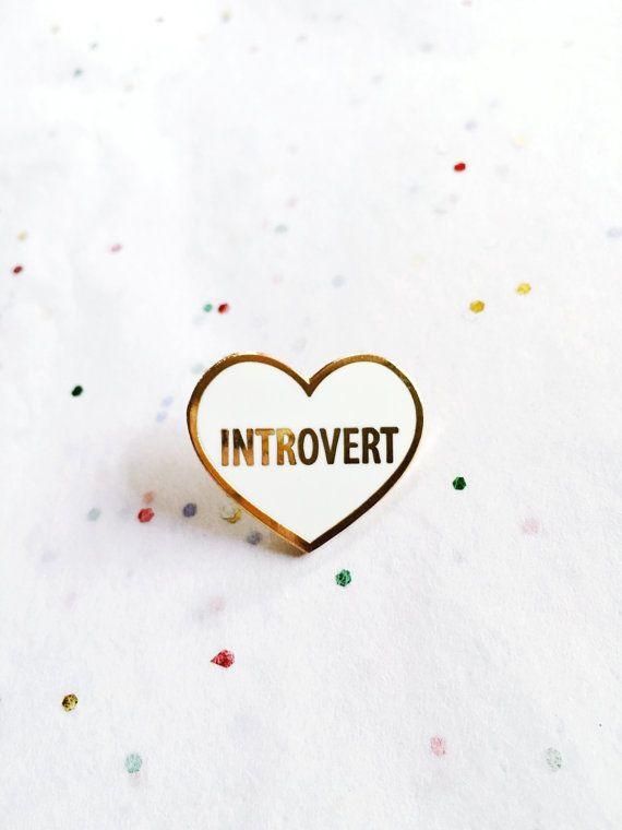 Introvert Hard Enamel Cloisonné Lapel Pin van shopluellatx op Etsy