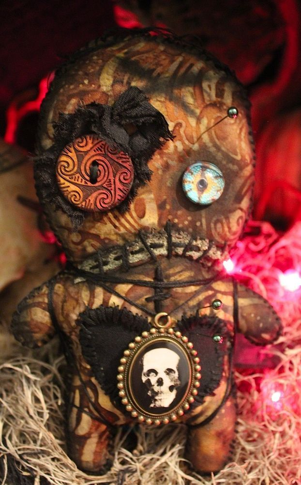 OOAK NEW ORLEANS VOODOO DOLL HAUNTED HALLOWEEN SPOOKY SPELL MAGIC OCCULT JUJU  #NaivePrimitive