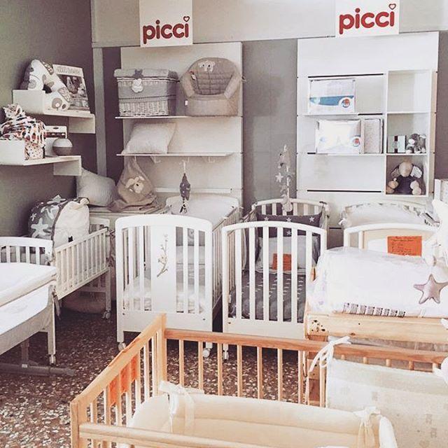 Questa mattina facciamo un check up di tutti i nostri lettini, diamo spazio alle novità!  #casadelbambino #babybed #babyshop #babydesign #mom #mommy #mother #family #mommylife #babystyle #babygift #babyshower#bestoftheday #follow #instadaily #photooftheday #picoftheday#adorable #babies #baby #beautiful #cute # #infant #instababy #instagood #kid #kids  Scopri di più su ☞ www.casadelbambino.com