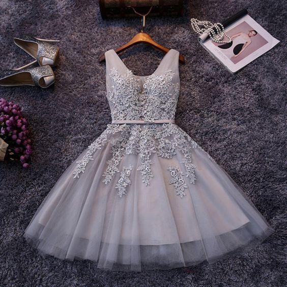 Beautiful Short Prom Dress,V Neck Prom Dress,Tulle Appliques