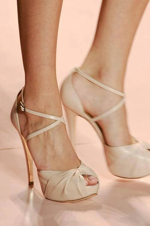 More nude heel designs. - Want to save 50% - 90% on women's fashion? Visit http://www.ilovesavingcash.com - SO PRETTY