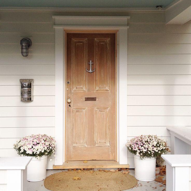 30 Gorgeous Farmhouse Front Porch Design Ideas Freshouz Com: Best 25+ Farmhouse Front Doors Ideas On Pinterest