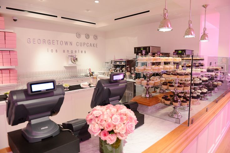 Georgetown Cupcake Los Angeles - shop perfection - LOVE.IT.ALL!