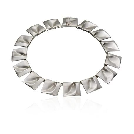 Gorgeous! Finnish design - Lapponia jewelry  - this neckless has btw been worn by princess Leia in Star Wars..