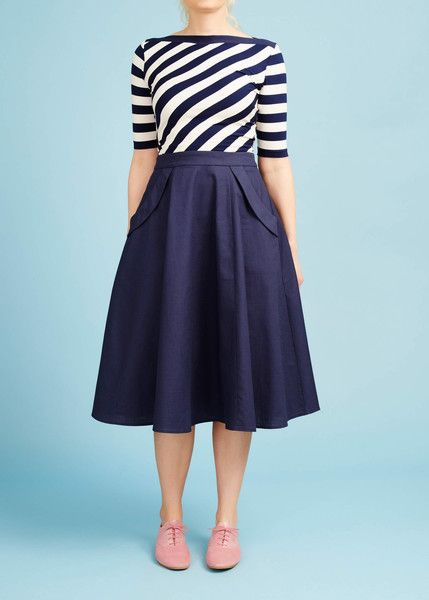 Mørkeblå 50'er nederdel med lommer