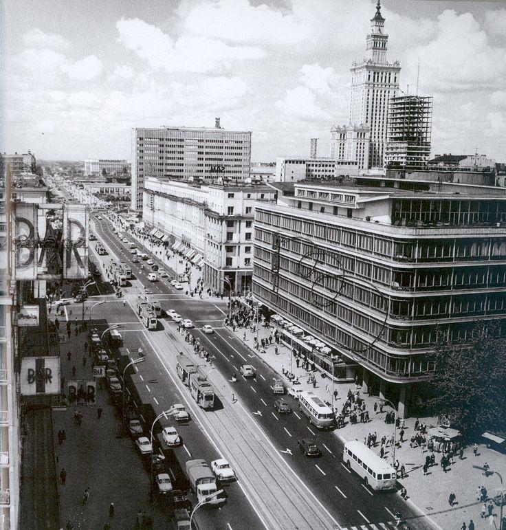 Lata 1965-1970 , Do dziś CDT cieszy oko nietuzinkową architekturą jak na lata 40 te.