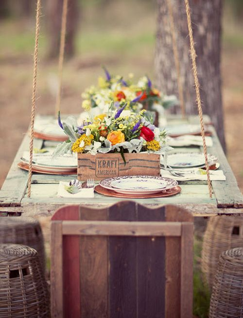 hanging picnic table: Tables Sets, Idea, Salvaged Doors, Doors Tables, Outdoor Tables, Doors Hanging, Picnics Tables, Old Doors, Hanging Tables