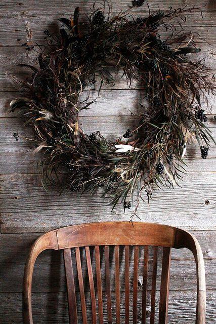 rustic: Christmas Wreaths, Decor, Idea, Chairs, Rustic Wreaths, Feathers Wreaths, Fall Wreaths, Holidays Wreaths, Winter Wreaths
