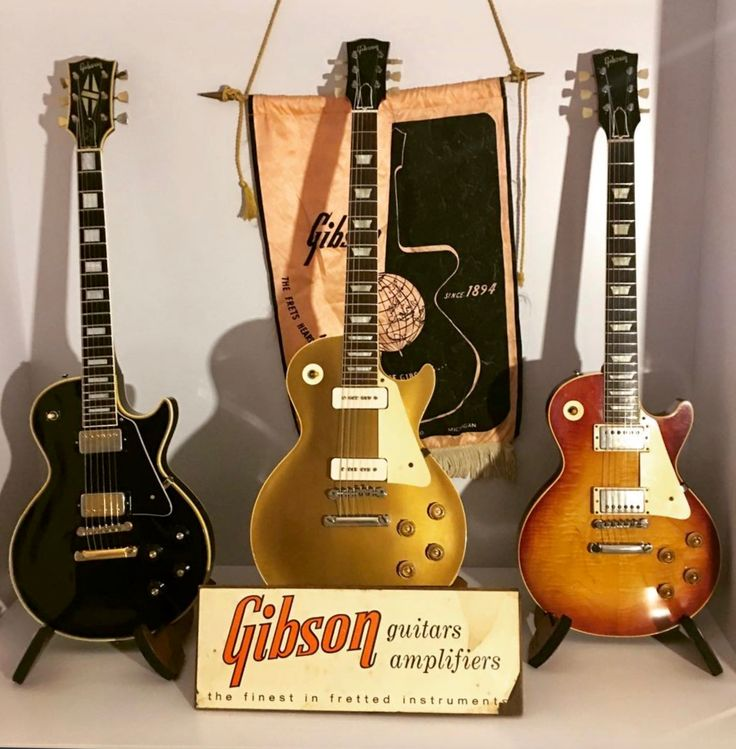 1969 Gibson Les Paul Custom, 1956 Gibson Les Paul Gold Top, 1958 Gibson Les Paul Standard