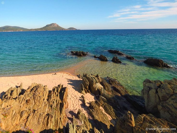 Tristinika - large beach with coarse sand in Sithonia