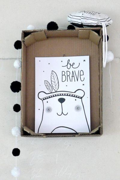 Poster Brave Bear | Little Lovely Company Wie weet helpt het, maar ik ben er bang voor :)