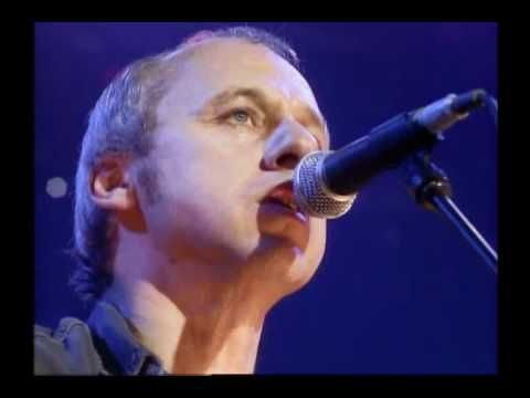 Mark Knopfler - Romeo and Juliet - if you've not seen this version then get ready for real WOW moment!