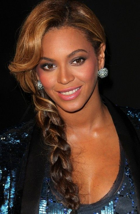 Beyonce Knowles Hair Styles 2014: Super Luscious Side Braid – Zanēta George