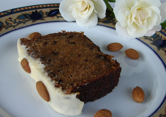 Moisty, sweet... this carrot cake is absolutely irresistible!