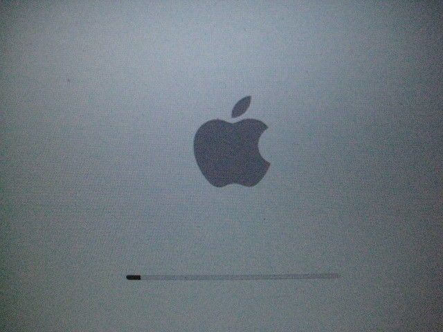 """Apple MacBook Pro 15.4"""" Laptop - A1260 MB133LL/A 2.40GHz (Fully Upgraded)"""