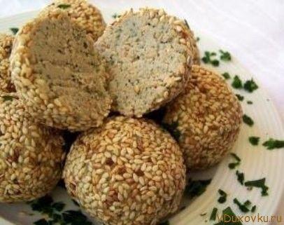 Вегетарианские и сыроедческие рецепты / Сыроедческие орехово-чесночных шарики
