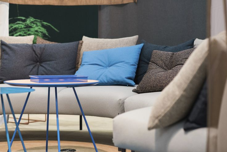 Nooa sofa and Scoop tables with metal colours