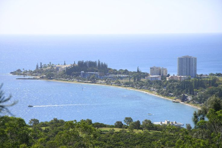 The city of Noumea with a population of approximately 100,000 sits along the south west coast of the main island of New Caledonia.  A top tip for visitors to this lovely destination is to learn enough French phrases to be able to ask for icecream and coffee.