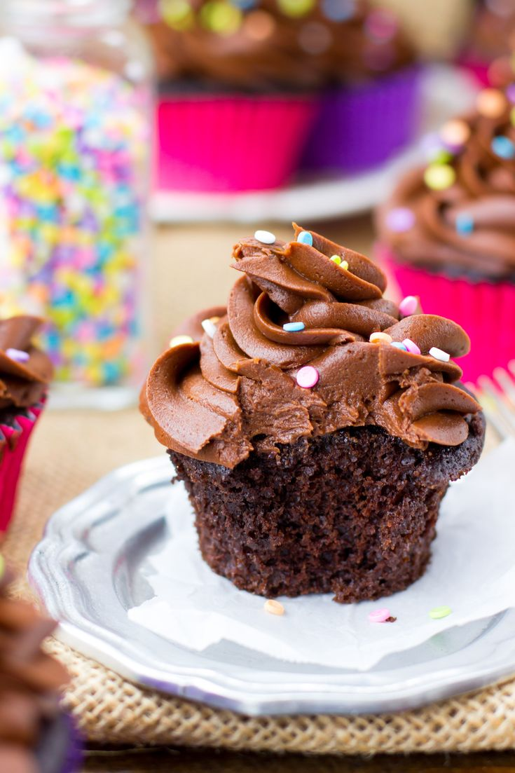 Easy One Bowl Chocolate Cupcakes - rich, moist, fudgy and way better and easier than box mix!