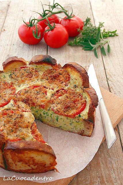 Torta salata di pane, zucchine e pomodori – La Cuoca Dentro