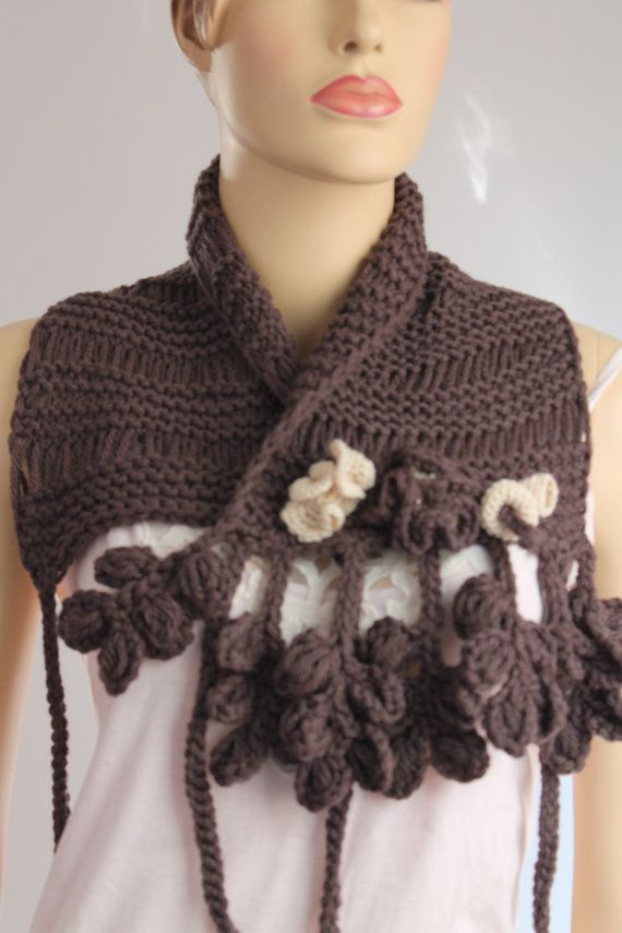 Fall Fashion  Hand Knit and crochet Brown Scarf   par levintovich, $58,00
